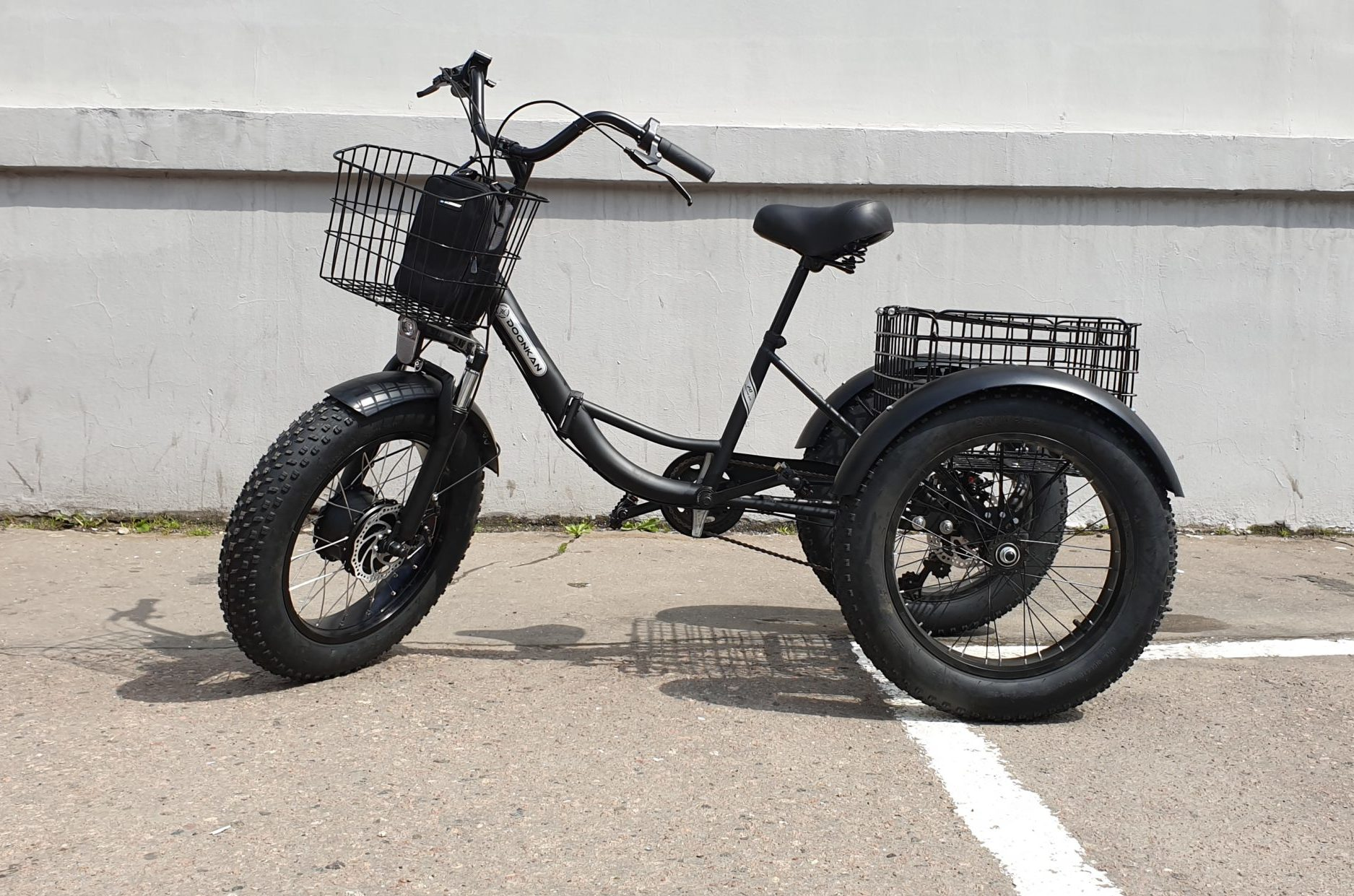 Трехколесный электровелосипед Фэтбайк Doonkan Trike Panda Fatbike 20x4.0 трицикл трайк электротрайк электротрицикл